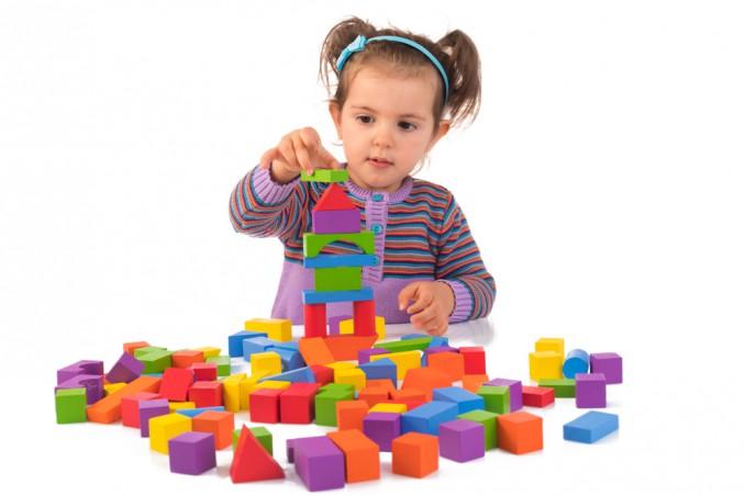 bambina, giochi