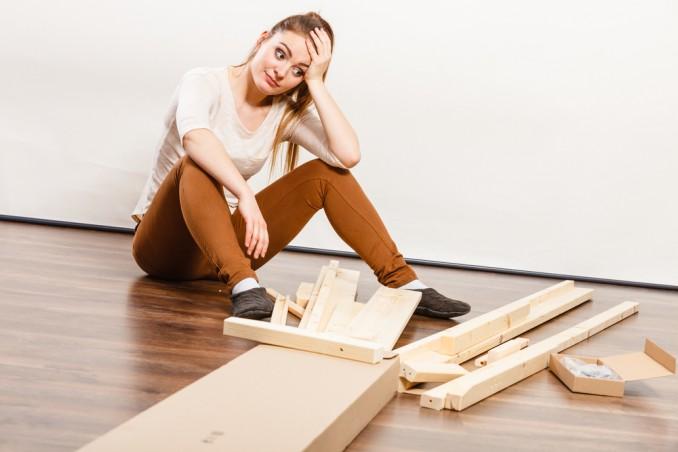 tavolo traballante, come riparare un tavolo, come aggiustare un tavolo