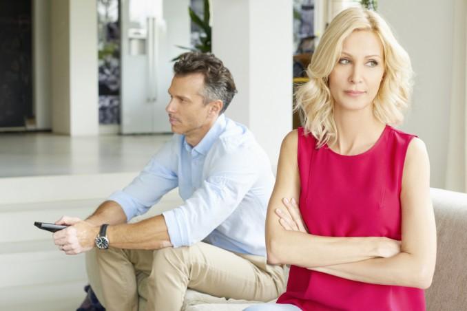 crisi di mezza età uomo, come aiutare marito, come aiutare partner