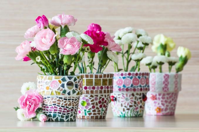 Come arredare il balcone con i fiori e con il fai da te | DonnaD
