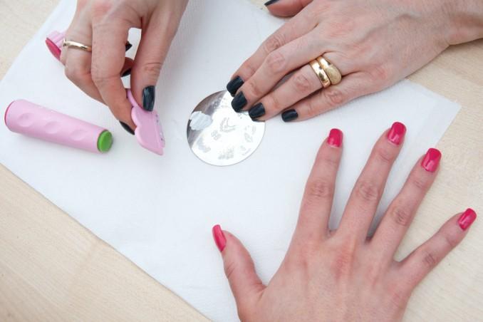 stamping per unghie