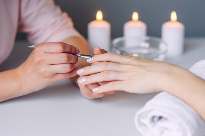manicure, logo