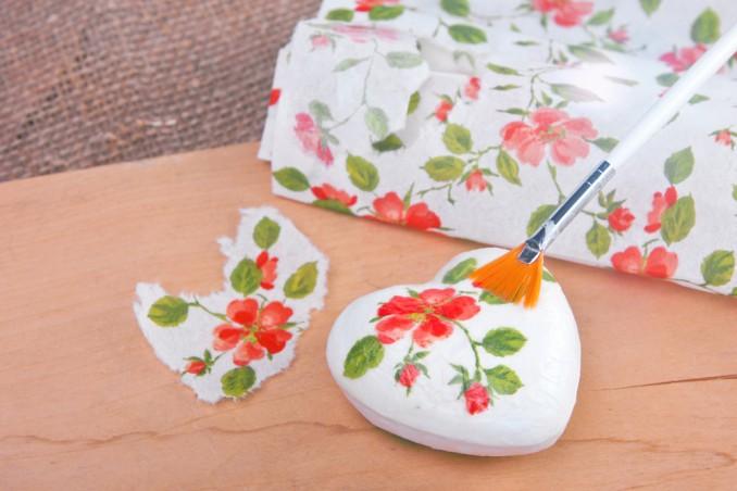 Decoupage Su Tavolo Di Plastica.Decoupage Su Polistirolo La Mini Guida Donnad