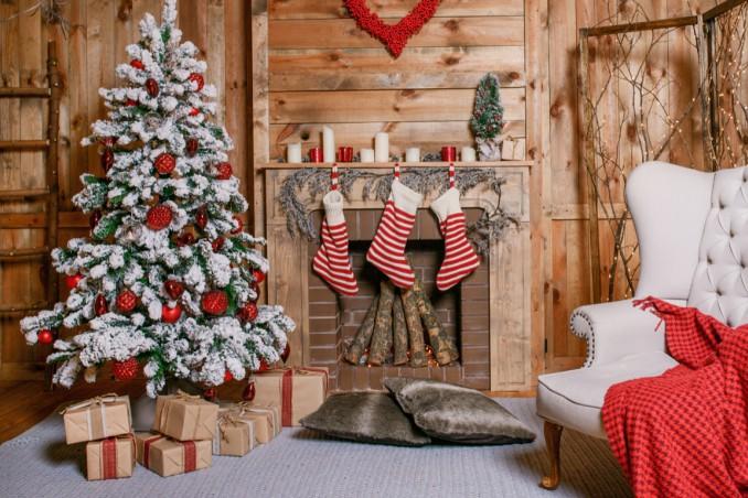 Albero Di Natale Bianco E Rosso.Albero Di Natale Bianco E Rosso 5 Idee Per Le Decorazioni Donnad