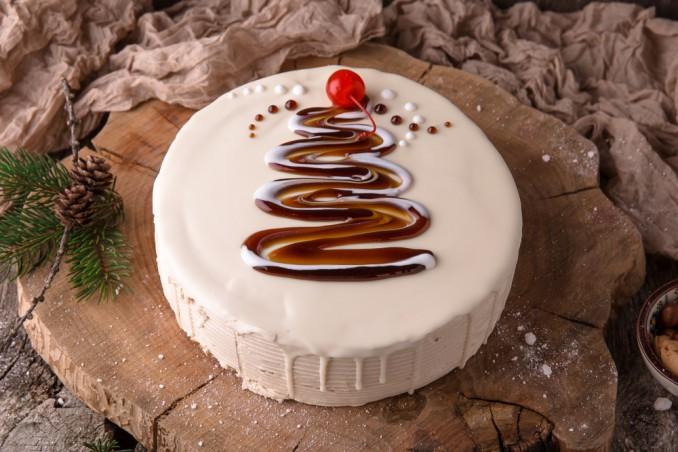 5 idee magiche donnad - Decorazioni torte natalizie ...