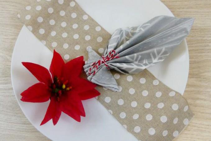 Piegare Tovaglioli Di Stoffa.Come Piegare I Tovaglioli 5 Idee Per Natale Donnad