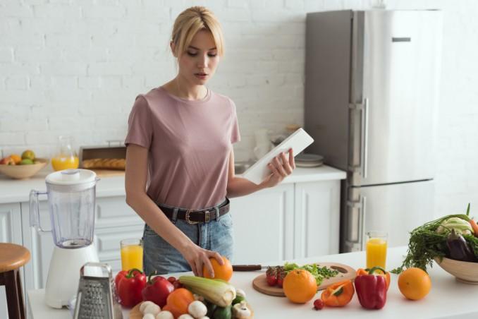 cosa non mangiano vegani, elenco alimenti vegani