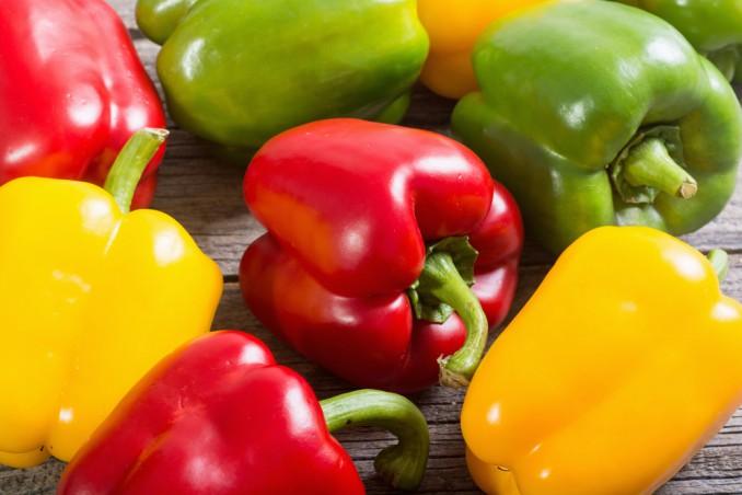 come togliere pelle peperoni, come spellare peperoni