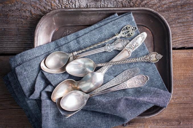 argento ossidato, come pulirlo, posate