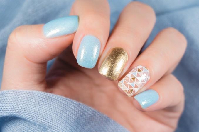 nail art, decorazione unghie, colori chiari