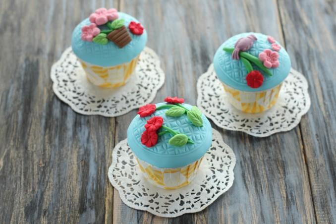 cupcake decorati fiori pasta di zucchero, cupcake decorati, cupcake pasta di zucchero, cupcake fiori