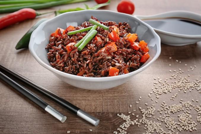 insalata riso rosso, vegetariano, ricette