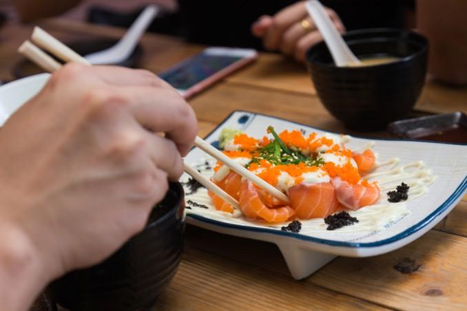 come usare bacchette sushi