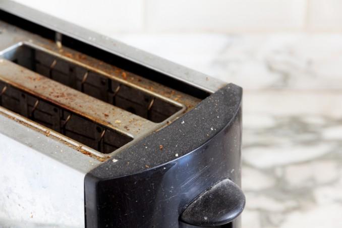 come pulire tostapane, pulizia interna tostapane