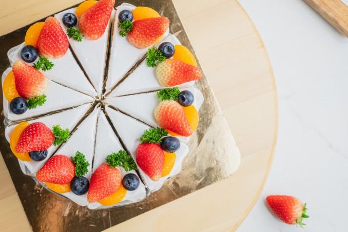 decorazioni torte panna frutta, decorazioni torte panna, decorazioni torte frutta, torte decorate panna frutta