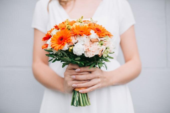 Bouquet Sposa Quali Fiori.Quali Fiori Per Il Bouquet Sposa Di Settembre Donnad