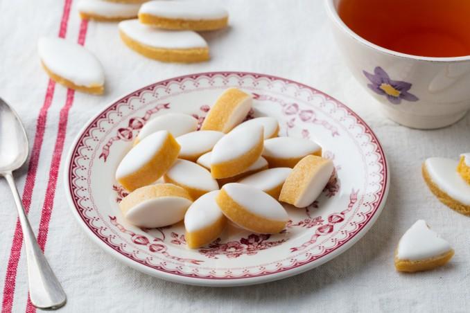 calisson, biscotti, provenza