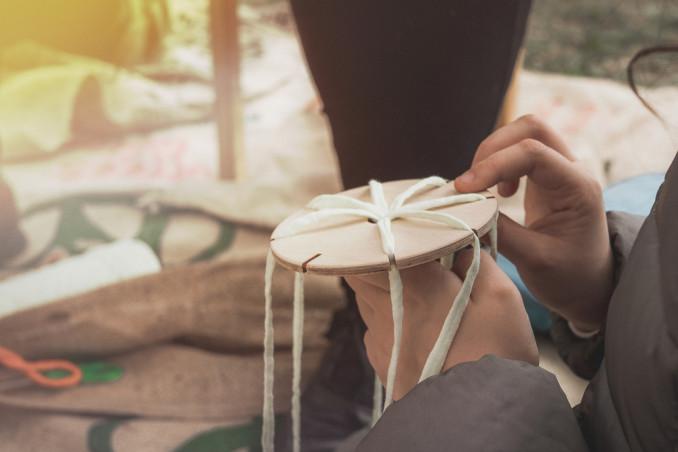 lavoretti telaio lana