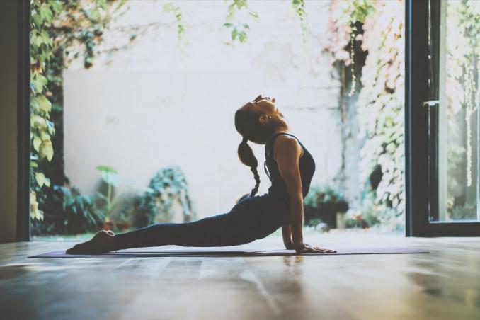 yoga, casa, esercizi