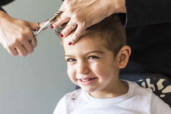 10 errori da evitare quando tagli i capelli a tuo figlio