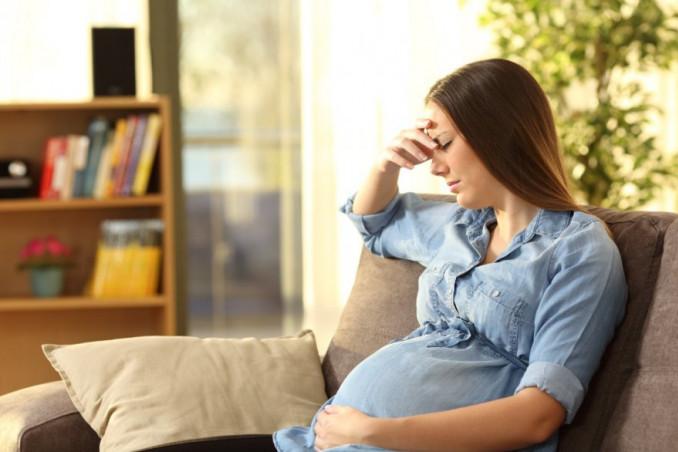 Nausea in gravidanza, come affrontarla