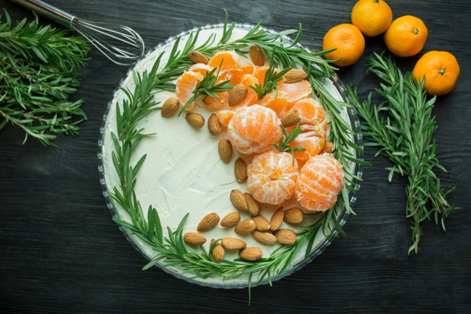 torte invernali decorate con panna, torte invernali decorate, torte decorate panna
