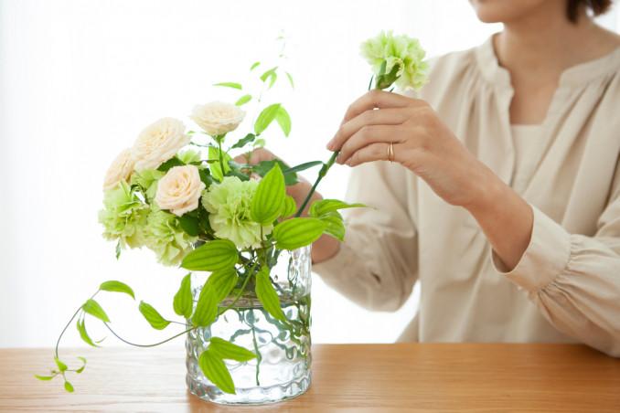 come disporre fiori recisi nei vasi, come mettere fiori recisi vasi
