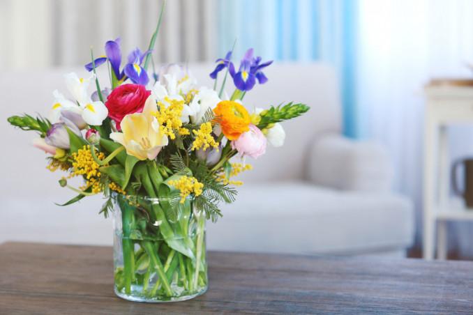 cosa mettere nell'acqua per mantenere fiori freschi, cosa mettere nell'acqua dei fiori per farli durare