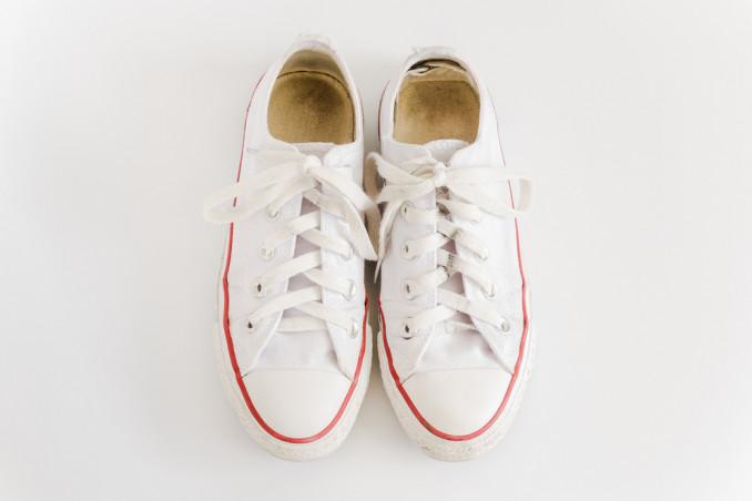 decorare scarpe sneaker