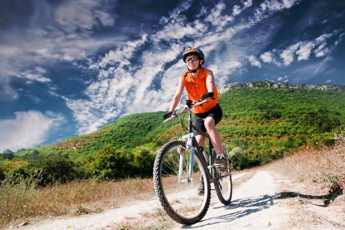 cosa indossare mountain bike